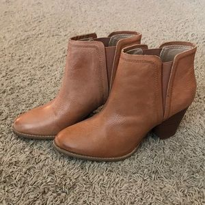 Splendid brown ankle boots size 10